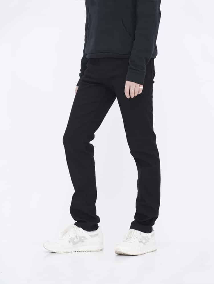 Black Skinny Jeans side