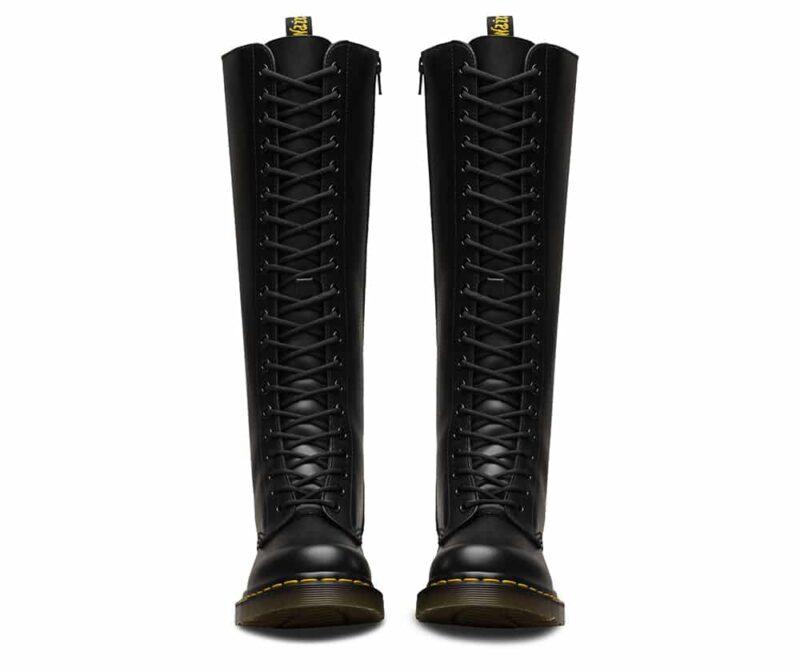 1B60/12270003 Black Smooth 20-Eye Boot 2