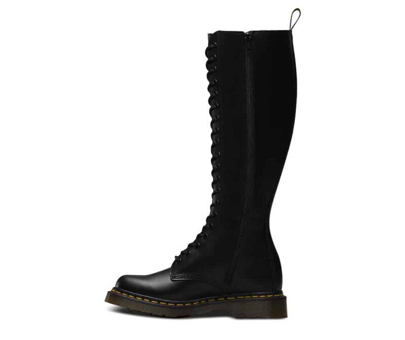 1B60/12270003 Black Smooth 20-Eye Boot 3