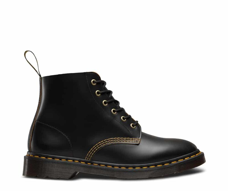101/22701001 Black Vintage Smooth 6-Eye Boot 1