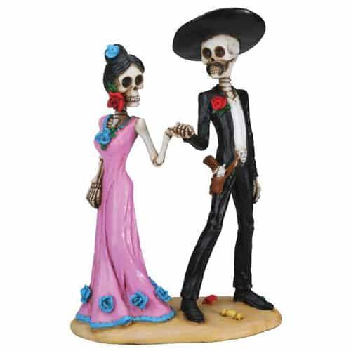 Holding Hands Skulls Figurine