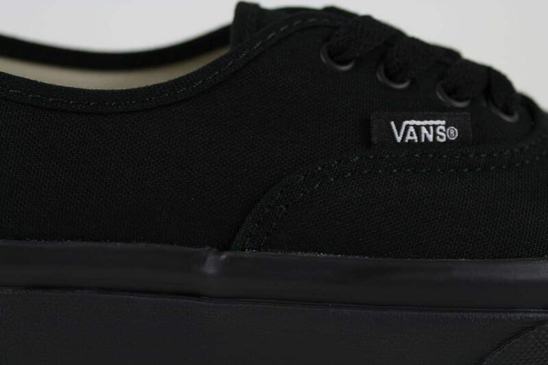 Vans Authentic Black/Black Canvas Upper 8