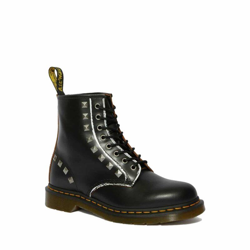 1460/25202001 Black Stud Vintage Smooth 8-Eye Boot 1