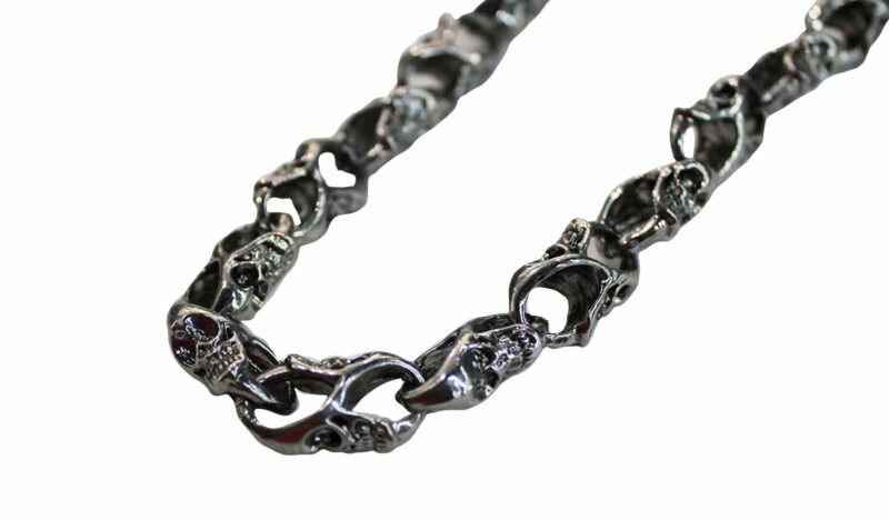 "Chrome Skull Wallet Chain 31"" 1"