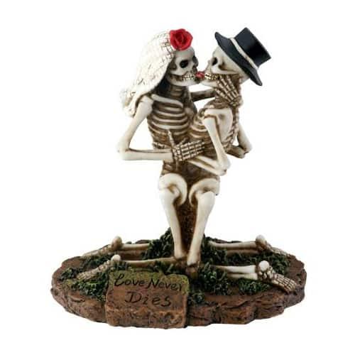 Love Never Dies Skeleton Figurine