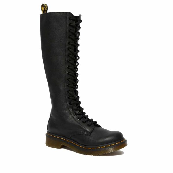Dr. Martens 1B60 Black Virginia 20-Eye Boot